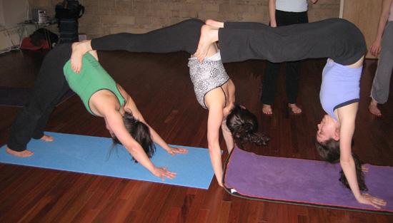 Йога домашний комплекс упражнений для начинающих